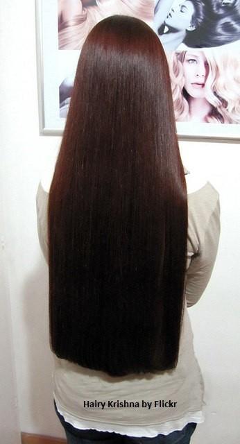 Прямые волосы - это красиво и притягательно