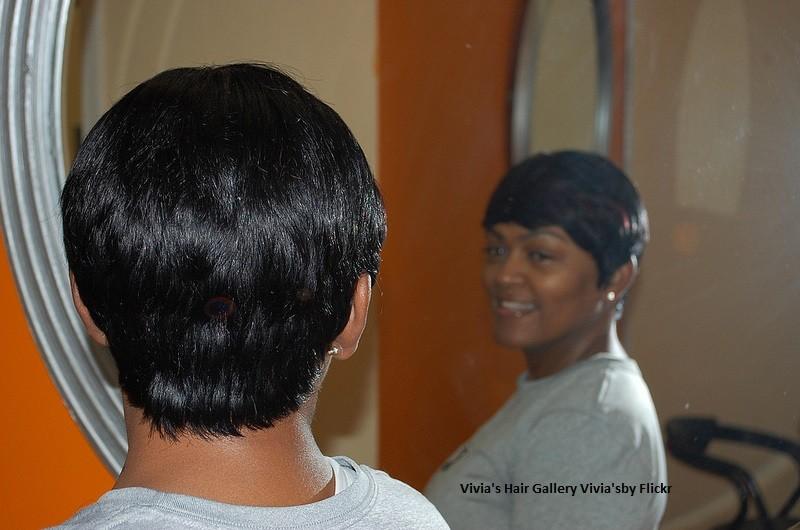 Укладку утюжком дома можно сделать на любую длину волос