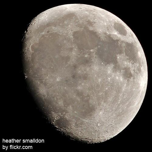 Раньше даже мыть голову беременная могла в определенные дни лунного цикла
