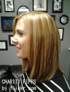 Меланж традиционно применяют на светлых волосах