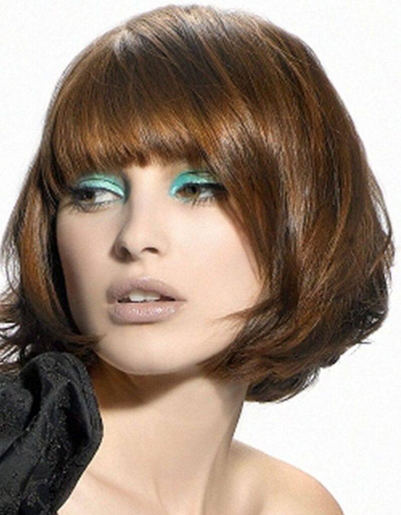 Фото причёски каре на вьющиеся волосы 88