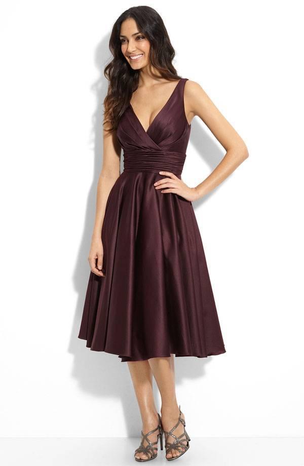 Платье без выреза прическа