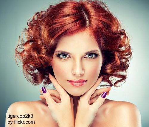 Для тонких волос бигуди лучше выбирать более крупного диаметра